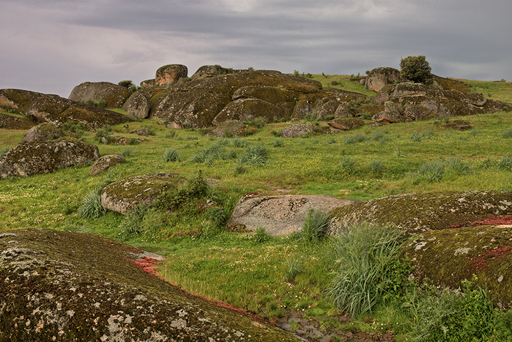 Ronde rotsen, omgeving Trujillo
