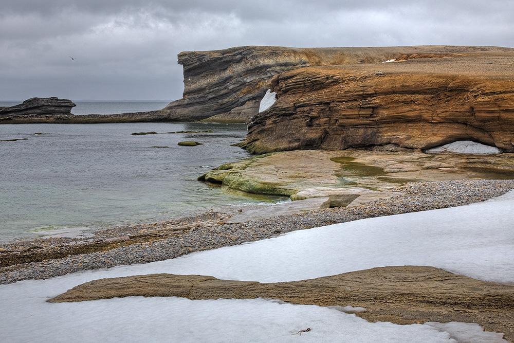 Sneeuwstrandje op Bereneiland